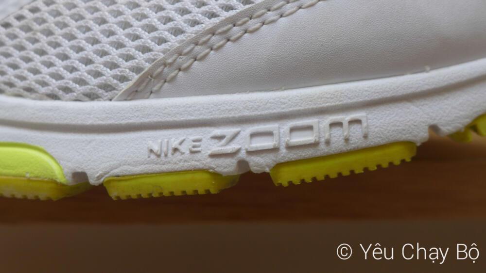Nike Zoom Air ở phần mũi giày