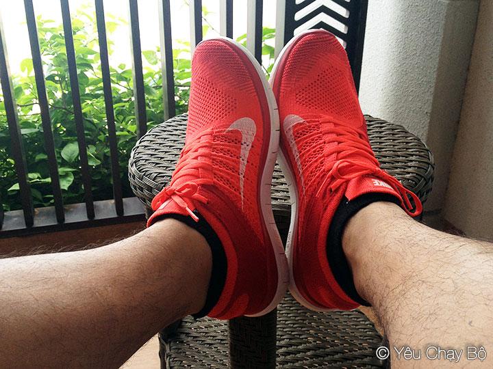 Nike Free Flyknit 4.0 trên đôi chân lông lá
