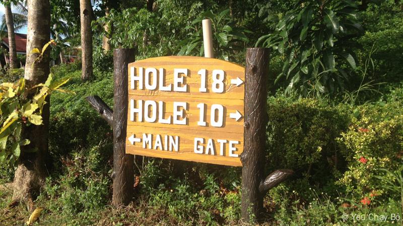 Đường vô lỗ golf 10 và 18