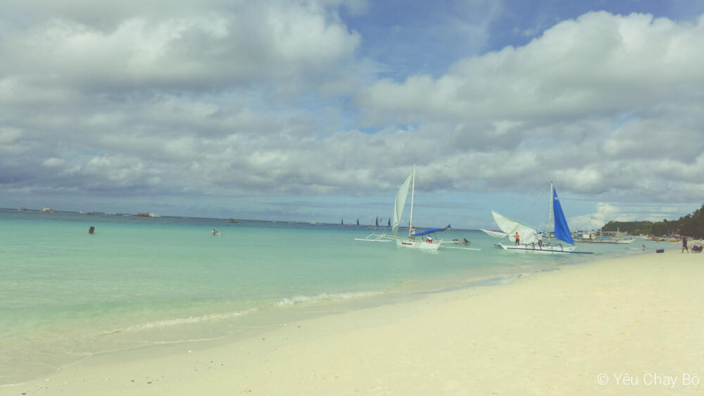White Beach ở Boracay