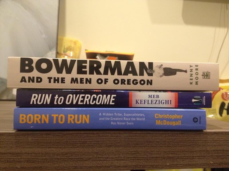 Đọc sách chạy bộ