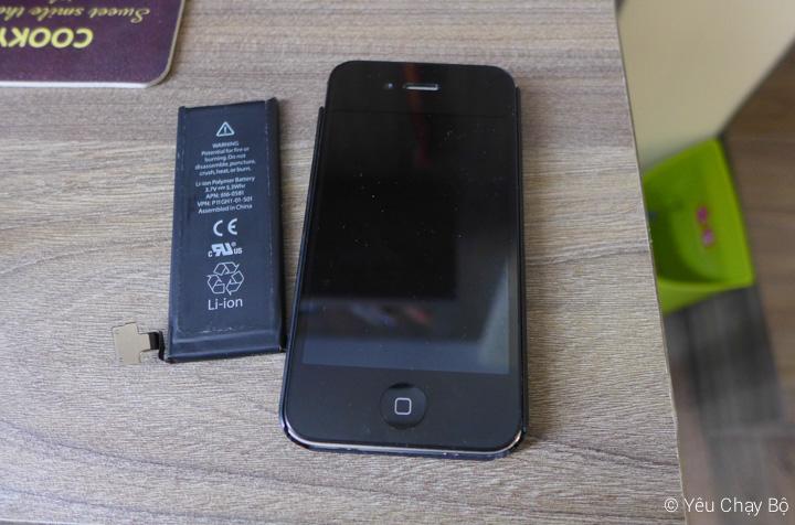 iPhone được thay pin để chuẩn bị cho buổi chạy