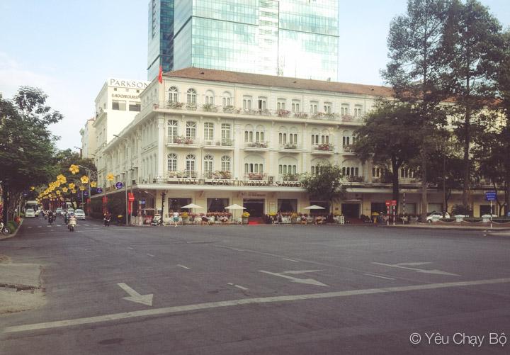 Khách sạn Continental trên Đồng Khởi