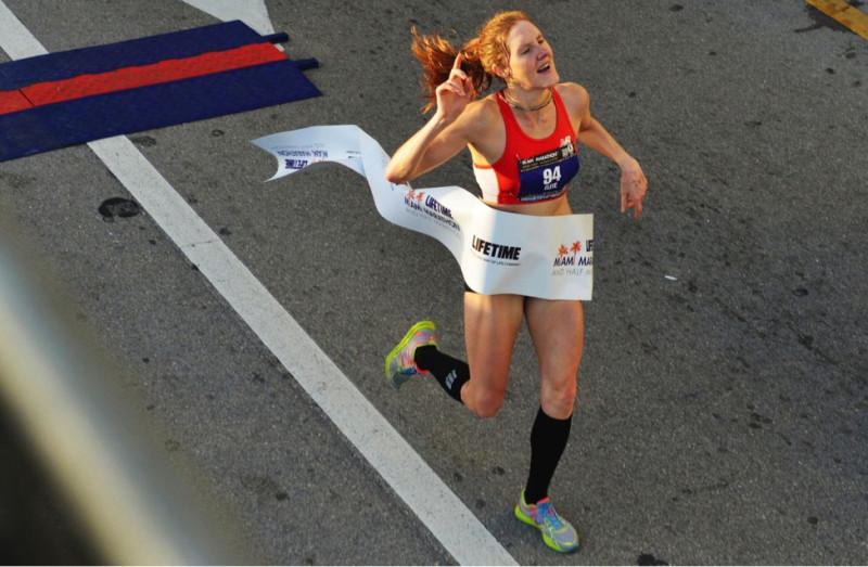Nữ vận động viên 29 tuổi đến từ New York - Shannon Miller giành chiến thắng ở cự ly half-marathon nữ với thời gian1:21:08 ở sự kiệnTheLife Time Miami Marathon vào ngày chủ nhật, 2 tháng 2,2014. (Max Reed/Miami Herald/MCT/Getty Images)
