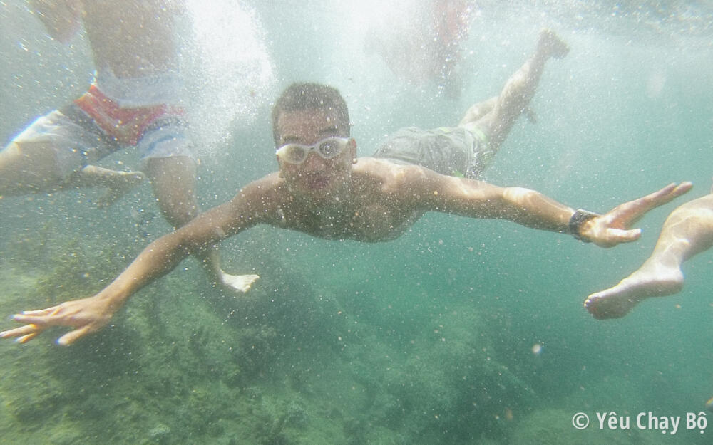 TomTom Runner đi bơi ở Cù Lao Chàm