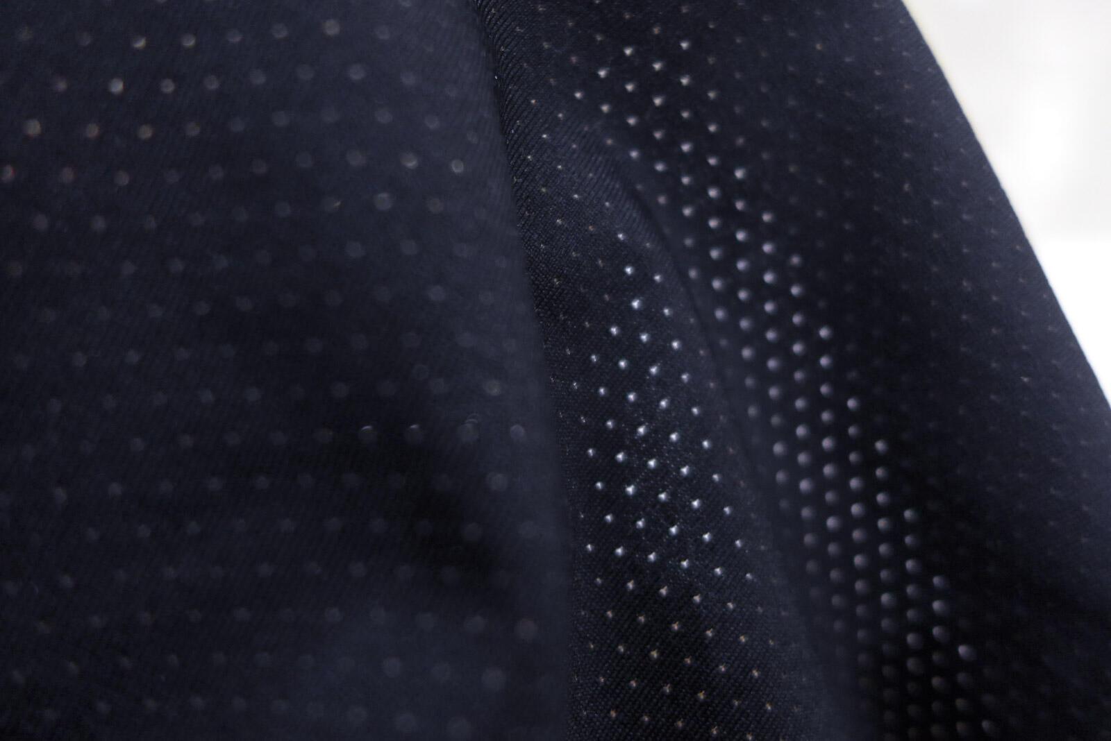 Chính thức ra mắt áo chạy bộ YCB – Trắng & Đen (Mới chỉ có áo cho nam)
