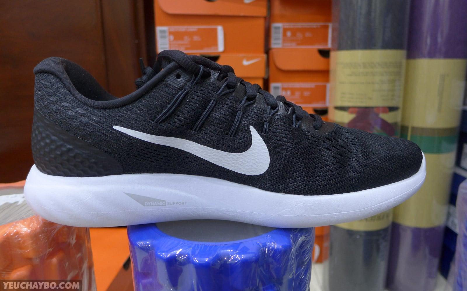 28db9c3b9a4e7 Trên chân Nike LunarGlide 8 -  Phần 1  Gọn gàng hơn