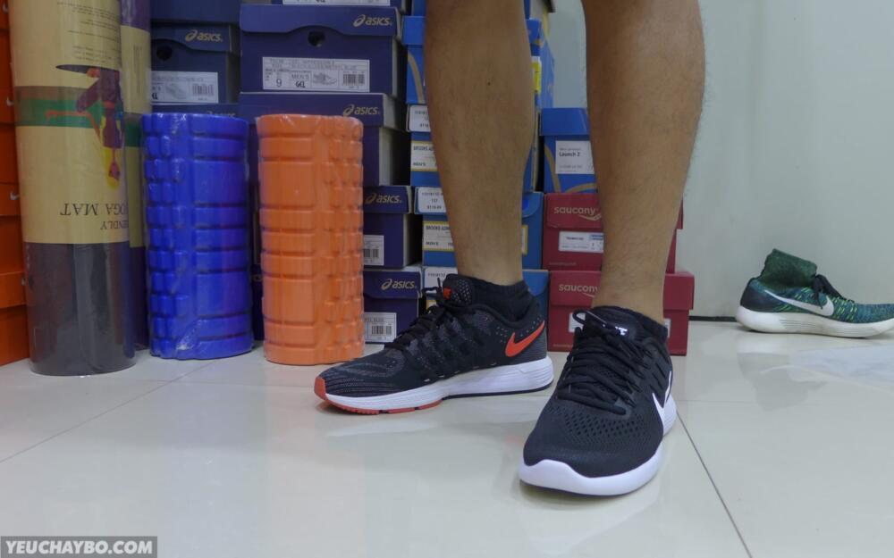 Nike LunarGlide 8 vs Vomero 11 - 03