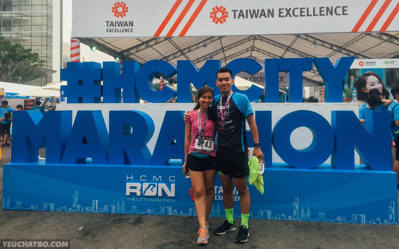 Kí sự HCMC Run 2017 – Hoàn thành mục tiêu: chồng 2 tiếng, vợ 1 tiếng