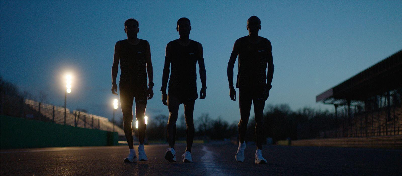 Dự án Breaking2: Eliud Kipchoge thiết lập kỷ lục Marathon với thành tích 2:00:25