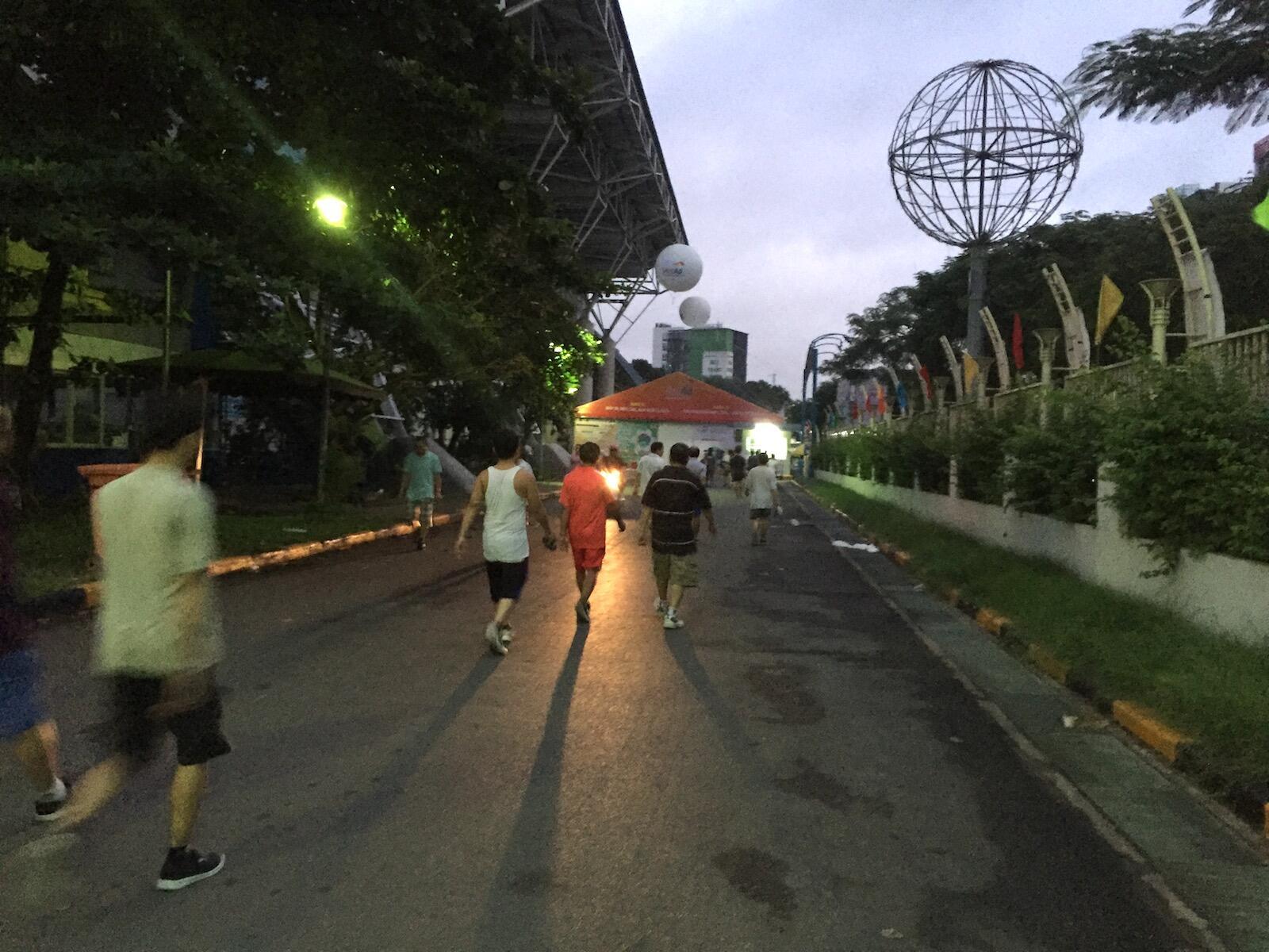 Dậy sớm chạy bộ lúc 4:00 sáng –  Biến không thể thành có thể